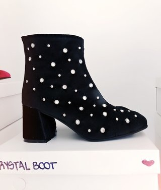 CRYSTAL BOOT - BOOM! REBOLUTION