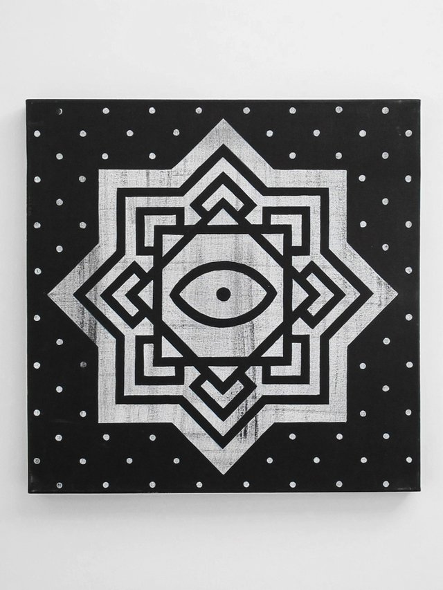 EYE MANDALA 50 X 50 (SOLD) - comprar online