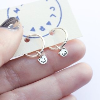 Small Cat Rings Earrings - Clara & Yema