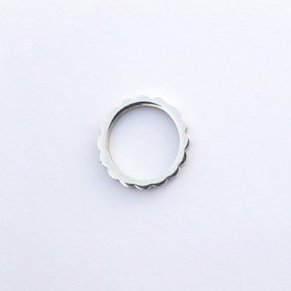Flower Ring on internet