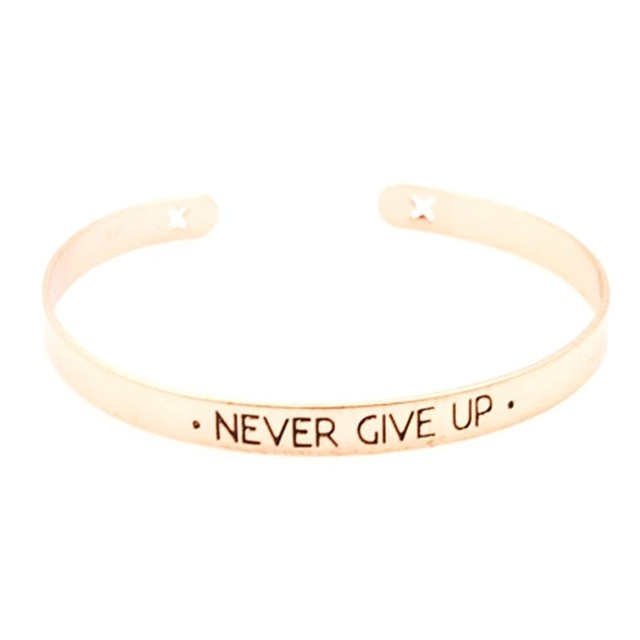 bracelet Never Give Up