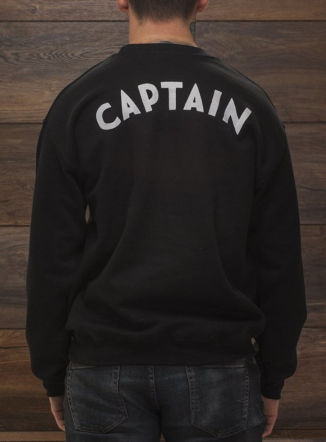Captain Jack Sweater en internet