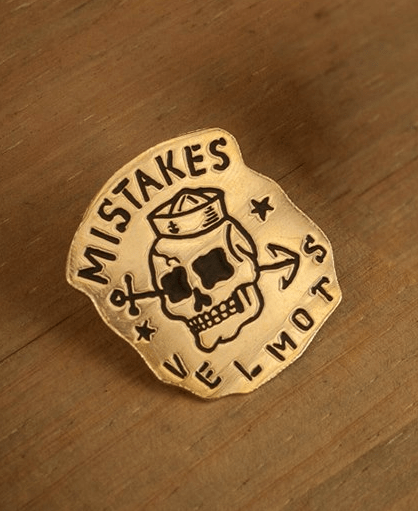 Mistakes Pin - comprar online