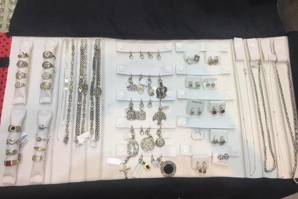 c351227ab066 Pack de Joyas Amar- Plata y Oro 50 piezas