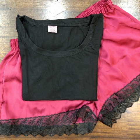 CONJUNTO BASIC VERSALLES BORDO