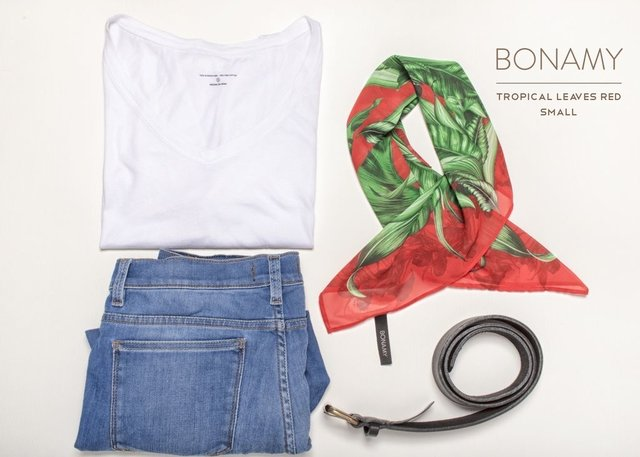 Pañuelo Tropical Leaves Red Small - tienda online