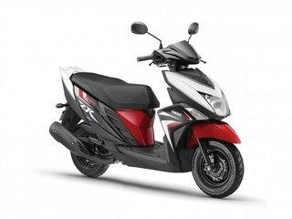 Yamaha Ray ZR en internet
