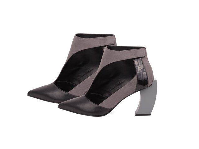 ANKLE BOOT TWO SIDES
