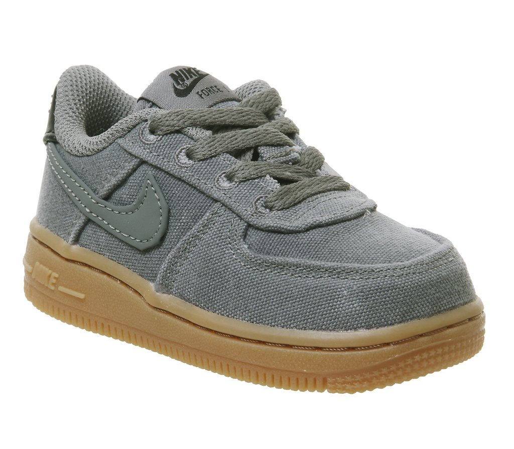online store 4b203 223f1 ... Tenis Nike Air Force One LV8 - comprar online ...