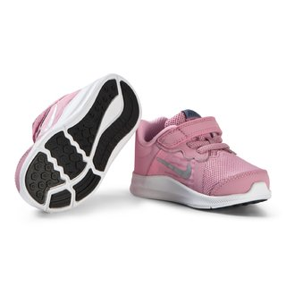 Nike Pink Downshifter 8 na internet