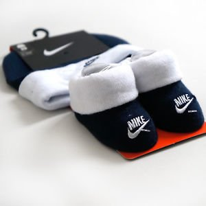 Kit Booties e Touca Nike