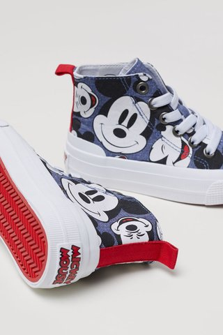 Tenis Mickey Mouse for H&M London