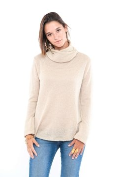 SWEATER PUELO CON CUELLO DESMONTABLE CRUDO