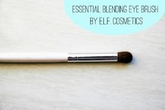 e.l.f. Essential Eye Crease Brush en internet
