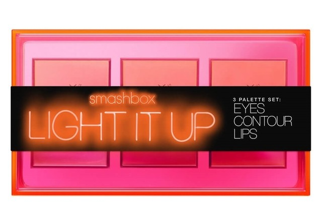 Smash Box LIGHT IT UP! en internet