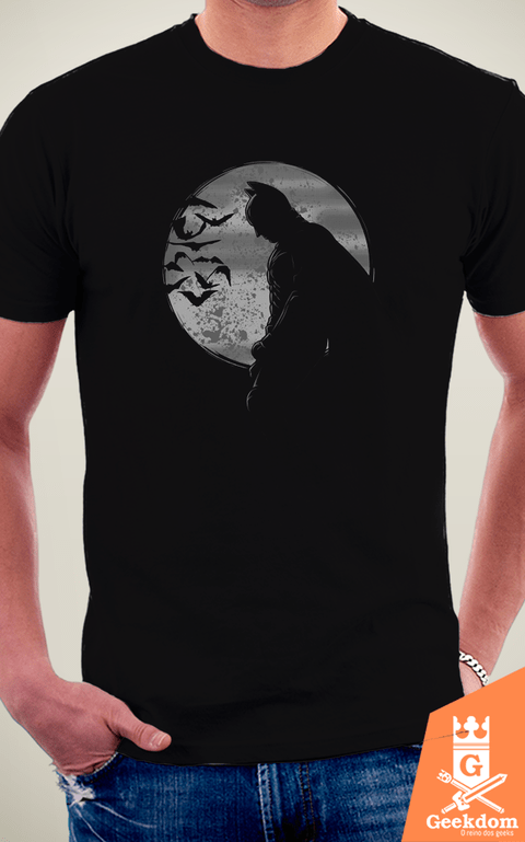 Camiseta Batman - A Noite - by Le Duc na internet