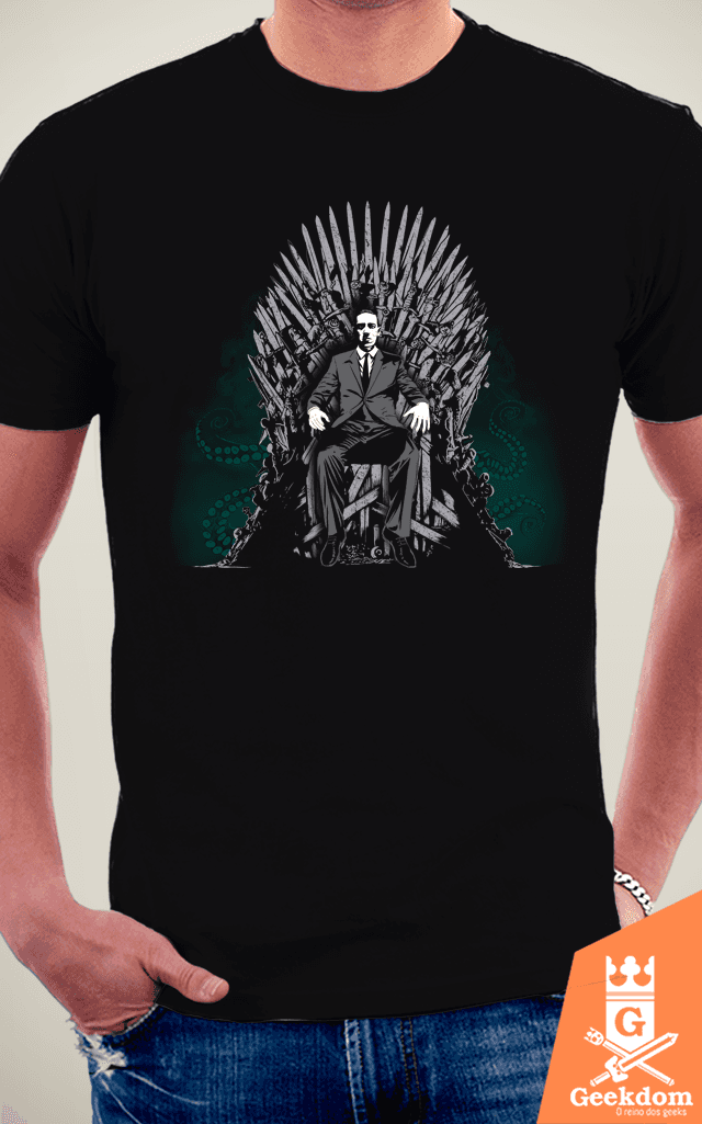 Camiseta Cthulhu is Coming - by Ddjvigo na internet