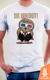 Camiseta Doctor Who - Dr. Whoot! - by Vincent Trinidad Art | Geekdom Store | www.geekdomstore.com