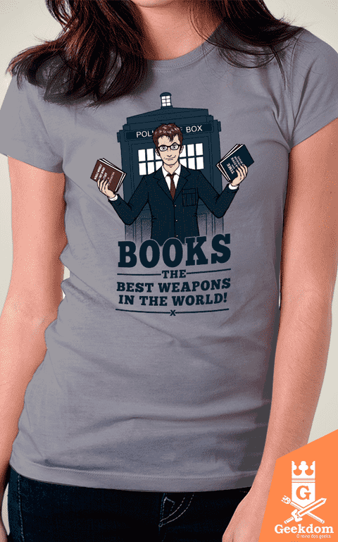 Camiseta Doctor Who - Livros - by Pigboom - comprar online