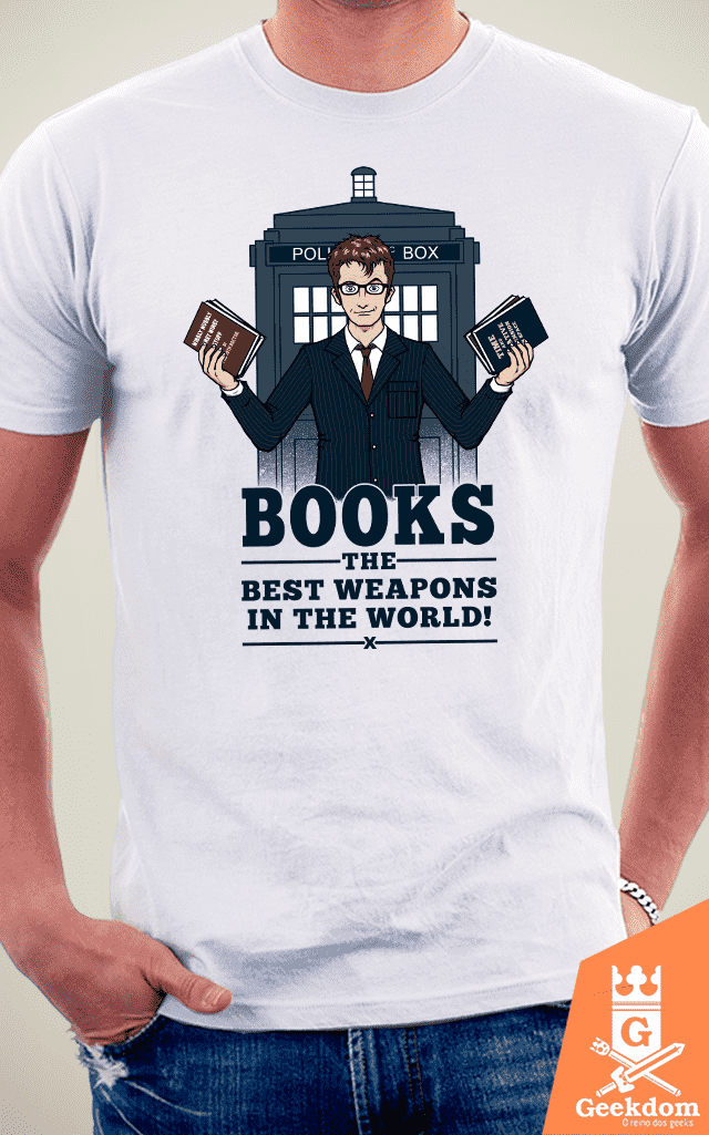 Camiseta Doctor Who - Livros - by Pigboom - loja online