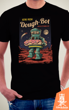 Camiseta Dough Bot - by Vincent Trinidad Art | Geekdom Store | www.geekdomstore.com