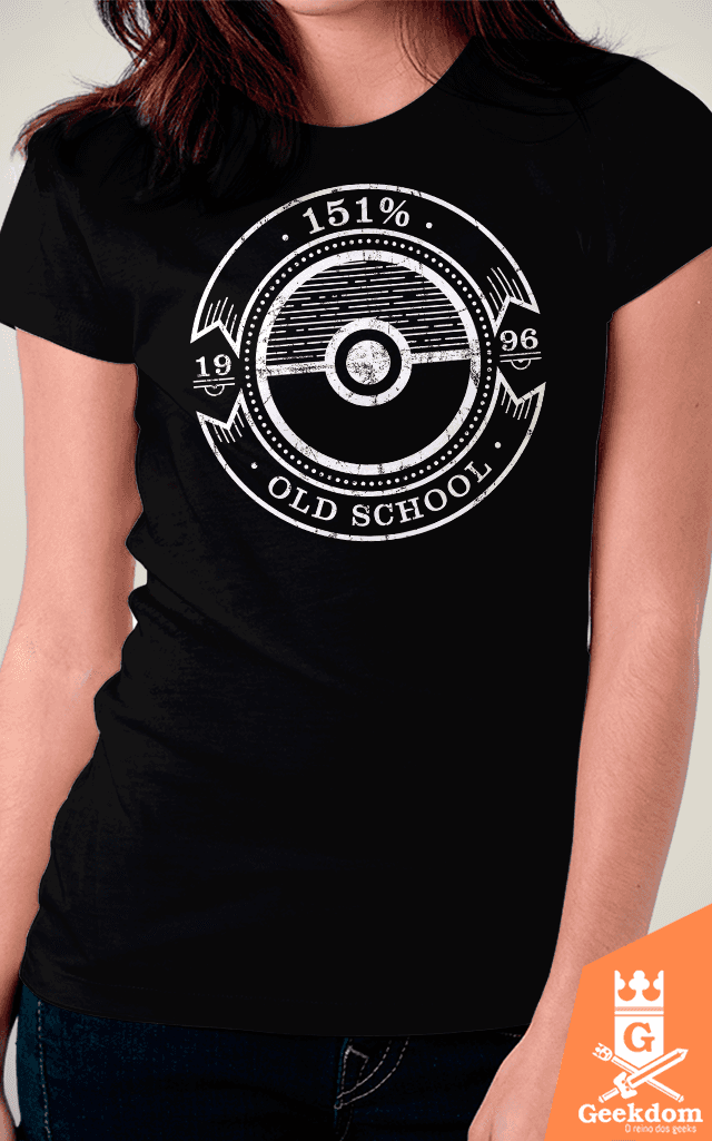 Camiseta Pokemon - 151% Old School - by Azafran - Geekdom Store - Camisetas Geek Nerd
