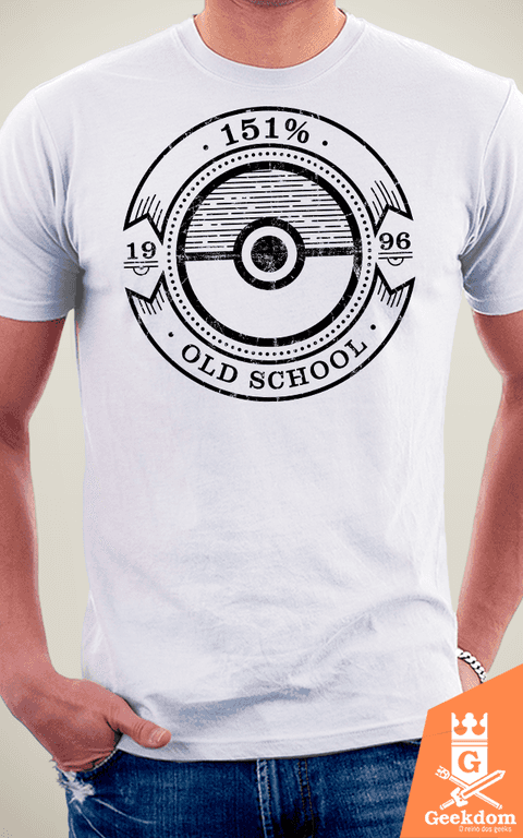 Camiseta Pokemon - 151% Old School - by Azafran na internet