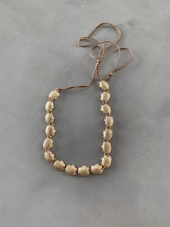 Choker Shell Gold