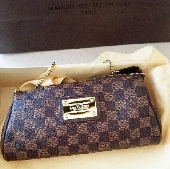 Louis vuitton eva clutch damier