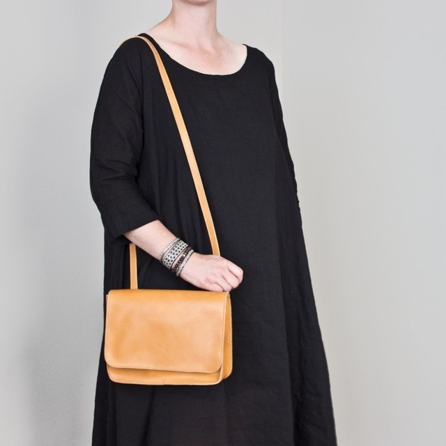 LE BAS Shoulder S1 Tan - buy online