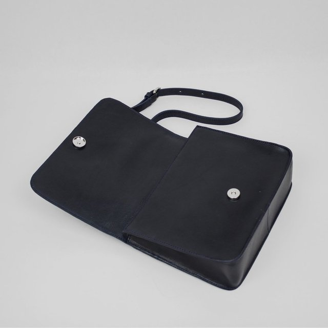 Leather Shoulder S1 Navy on internet