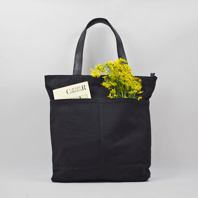 Black water resistan cotton canvas tote with vegetable leather straps
