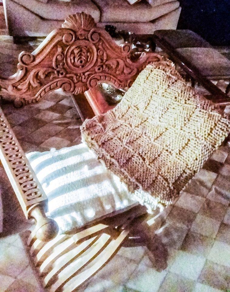 pie de cama manta tejida en lana 2 agujas