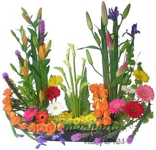 jardn de flores abrazo primavera - Arreglos Florales Modernos