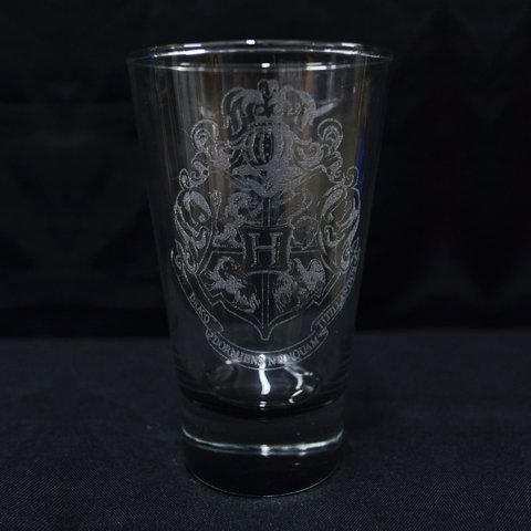 Vaso Oficial Grabado Hogwarts Base Color en Caja Harry Potter HP Argentina