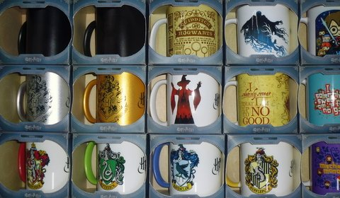 Taza Oficial de porcelana Slytherin en caja - Consultá por descuentos en efectivo!! - Quality.Store. Exclusive Items and Gifts