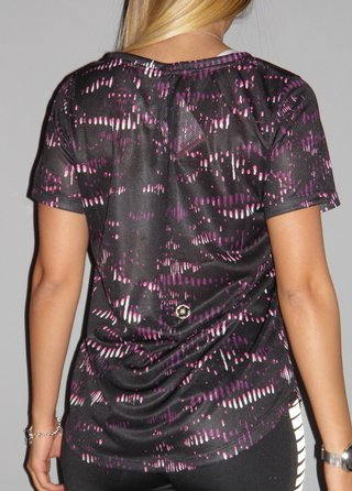 REMERA SHEIK BLOOM - comprar online