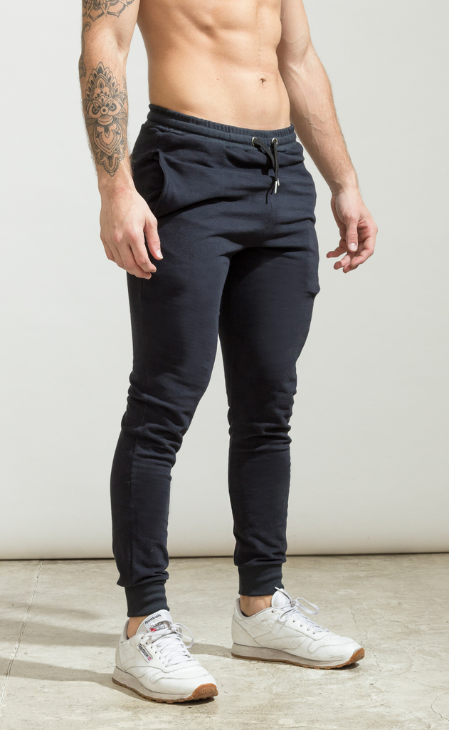 Skinny cotton jogger- just black