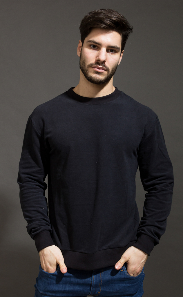 Sweatshirt - Just Black