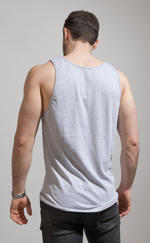 Basic Tanktop - Grey en internet