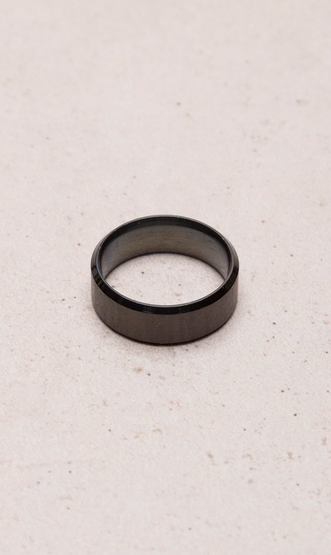 Stainless steel polished ring - Black
