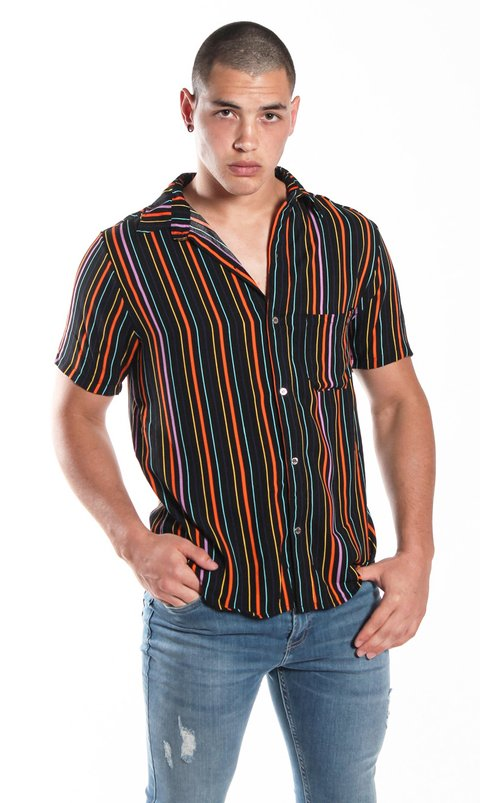 Black rainbow shirt - comprar online