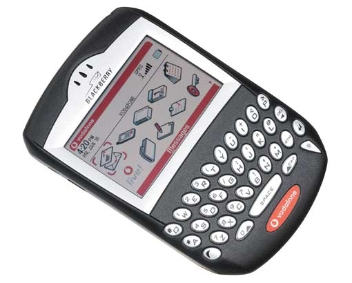 CELULAR BlackBerry 7230 Rede GPRS, Display 2.6 160x240, Tri Band (900/1800/1900)