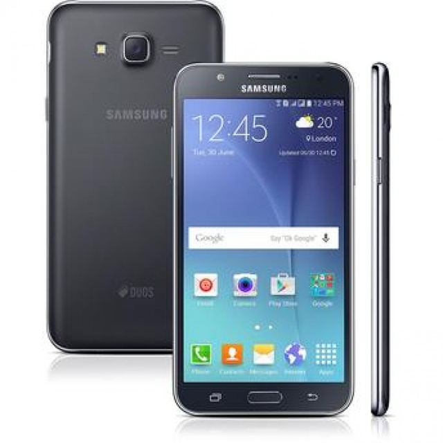 Smartphone Samsung Galaxy J7 Duos J700M Preto - Dual Chip, 4G, Tela 5.5 AMOLED, Câmera 13MP + Frontal 5MP Com Flash, Octa Core 1.5Ghz, 16GB na internet