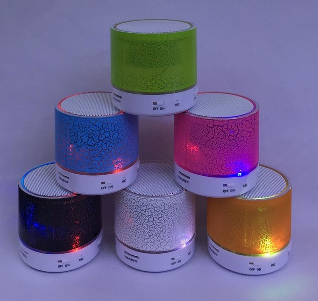 S90U Mini Protable Crackle Speaker Bluetooth sem fio Subwoofer LED Flash Celular tablet PC TF S02U S03U S05U S06U S07U na internet