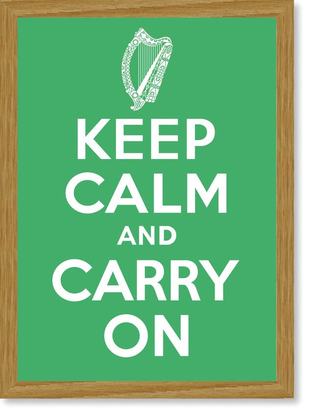 Quadro Poster Frases Keep Calm Carry - Decor10