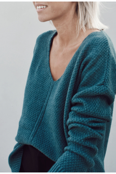 SWEATER BLONDIE