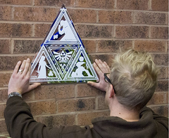 The Legend of Zelda - Triforce Mirror (Espejo con Forma) - comprar online