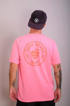 Camiseta Édem Patch Neon Pink na internet
