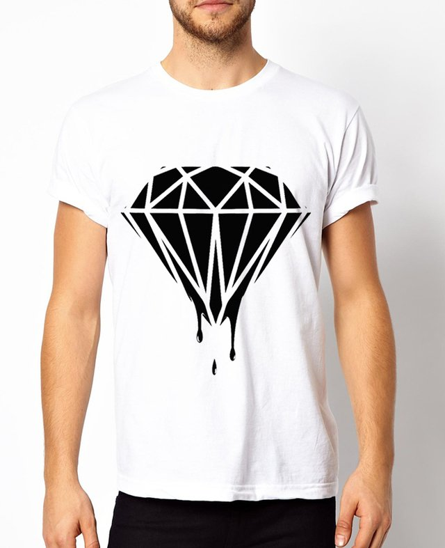 playera diamante escurriendo